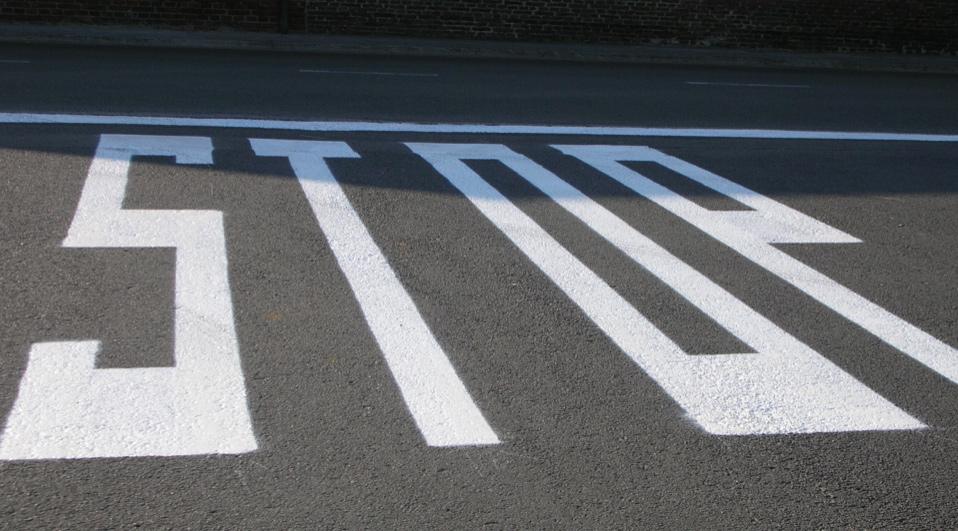 MCW markeringen buitenbelijning wegenverf